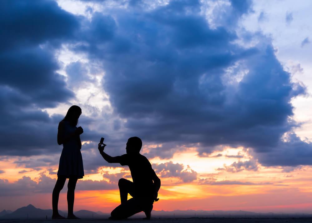 טבעת אירוסין כמו של הידועניות מבטיחה לך הצלחה? לא בטוח