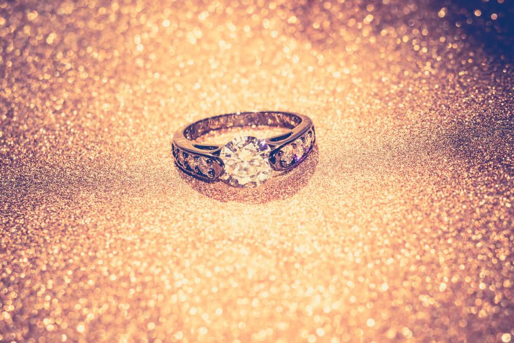 מה עושים קודם: רוכשים טבעת או מתכננים את ההצעה?