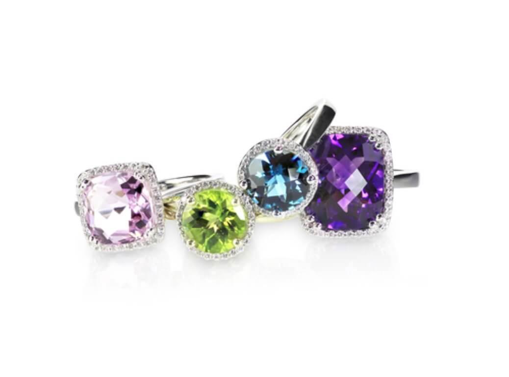 יהלומים צבעוניים בטבעות אירוסין