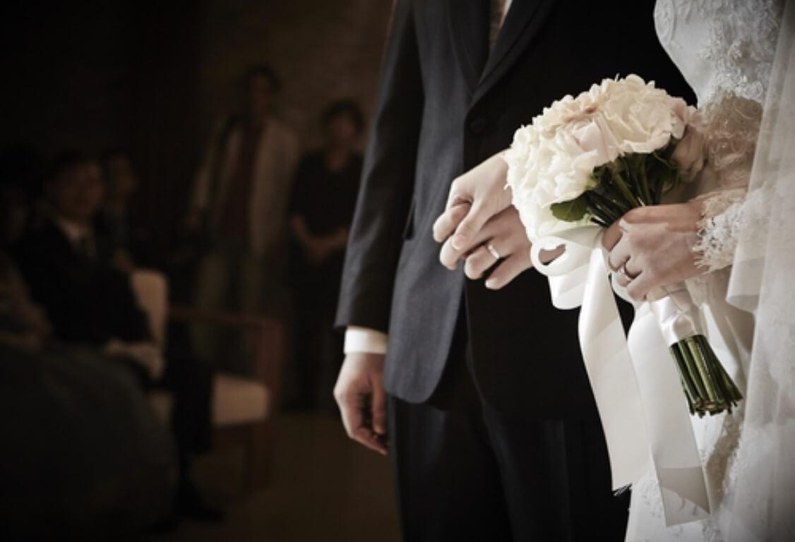 איך תתאימו תכשיטים לגבר לחליפות חתן?