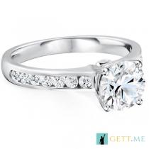 טבעת אירוסין יוקרתית